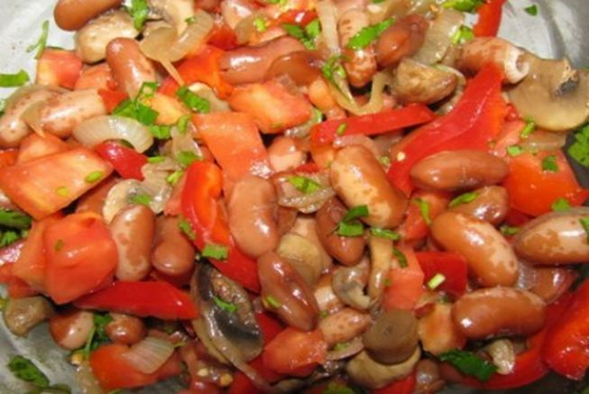 Вкусные салаты на зиму